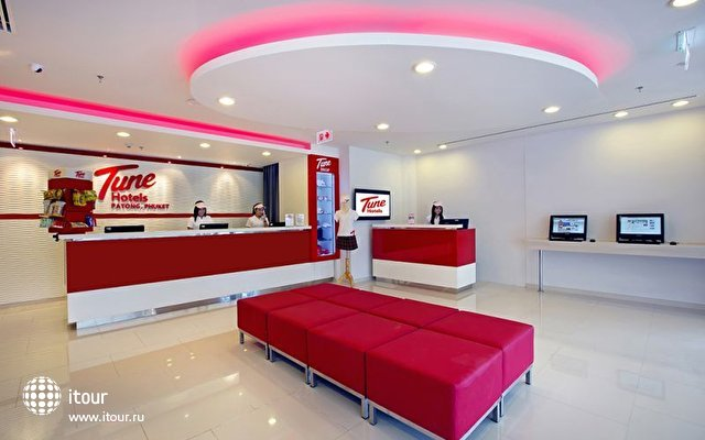Tune Hotel Patong 10