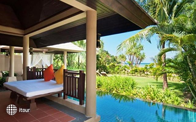 Imperial Adamas Beach Resort 10