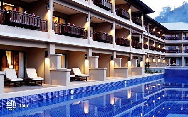 Imperial Adamas Beach Resort 1
