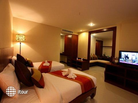 Malin Patong Hotel 4
