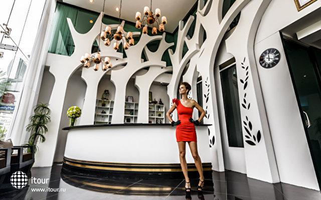 Nara Grandeur Hotel Patong 6
