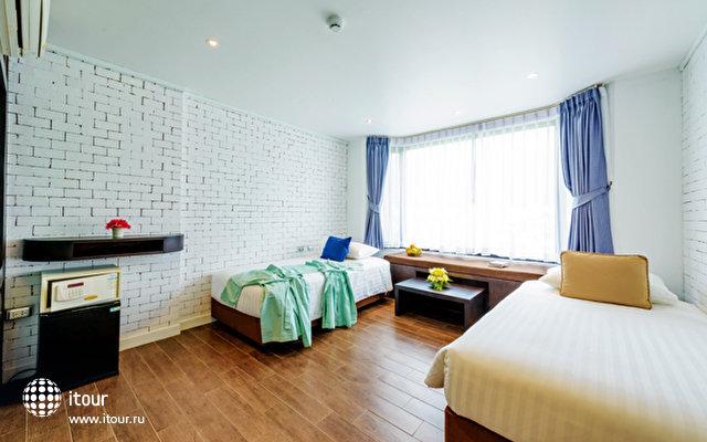 Nara Grandeur Hotel Patong 8