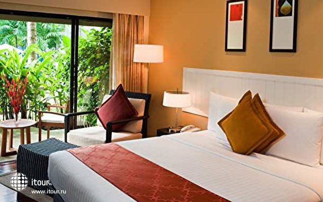Doubletree Resort By Hilton 8