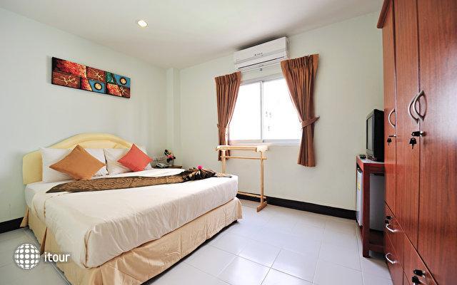 Patong Bay Inn 3