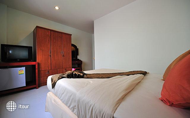 Patong Bay Inn 6