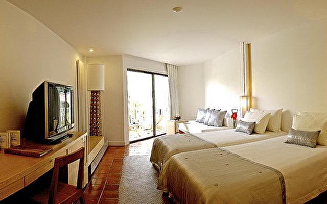 South Sea Karon Resort 7