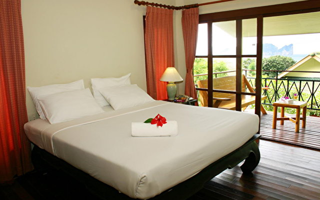 Bay View Resort Phi Phi 5
