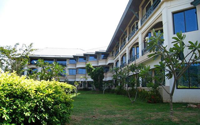 Phi Phi Island Cabana 7