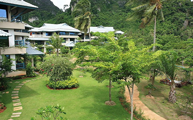Phi Phi Island Cabana 1