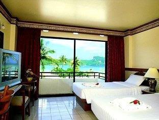 Phi Phi Hotel & Banyan Villa 4