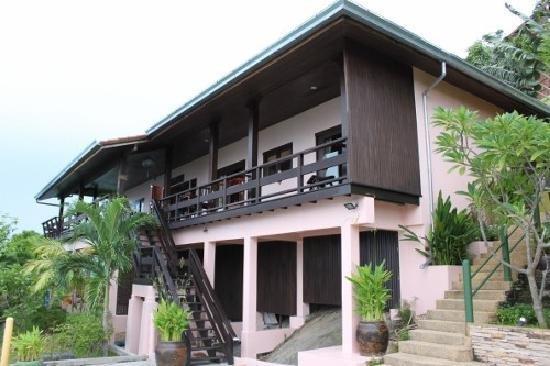 Sandalwood Luxury Villas 1