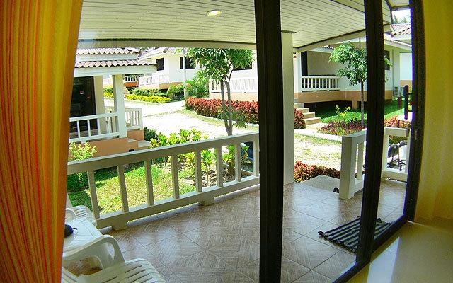 Baan Saen Sook Villa 1