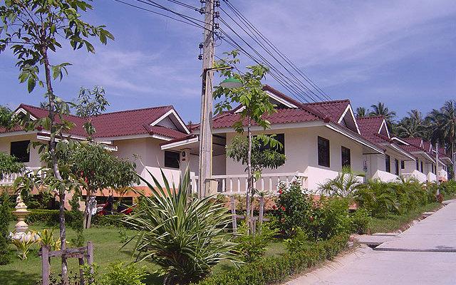 Baan Saen Sook Villa 4