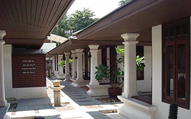 Al's Resort 10
