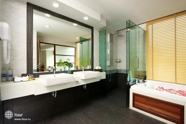 Kc Resort & Over Water Villas 6