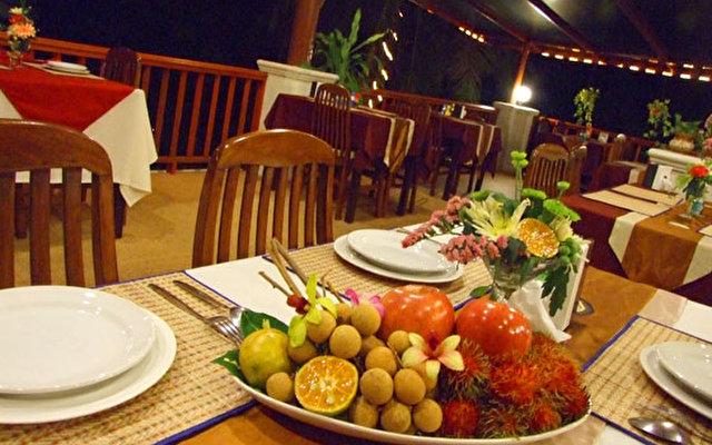 Lamai Buri Resort  5
