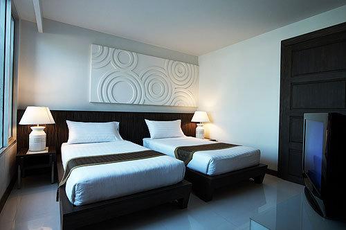 Nora Chaweng Hotel 3