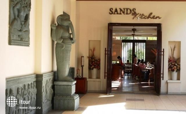 Golden Sands Beach Resort 8