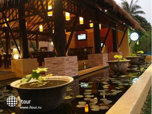 Maya Buri Boutique Resort & Spa 4