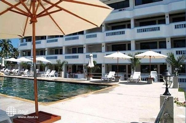 Choengmon Beach Hotel 5