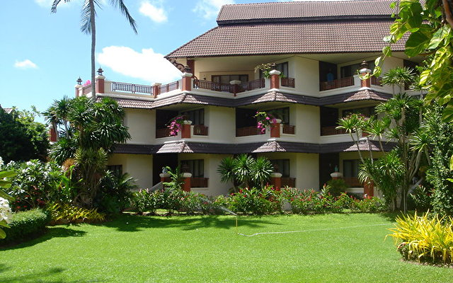Aloha Resort 8