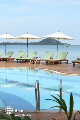 Coconut Villa Resort & Spa 10