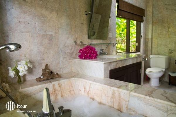 Jungle Emerald Rock Villa 7
