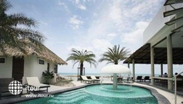 Lazy Days Samui Beach Resort 8