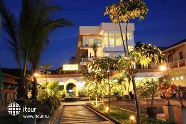 Simple Life Resort 1