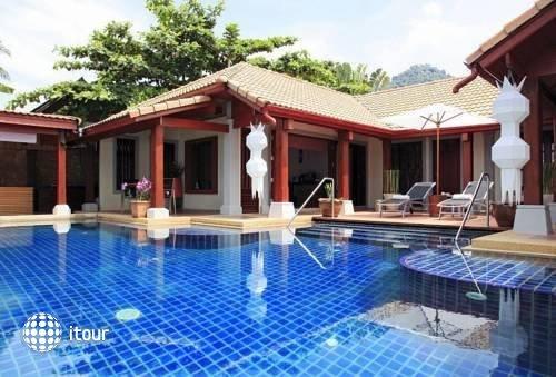 Pao Jin Poon Beach Front Villa 1