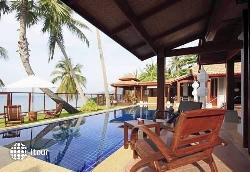 Pao Jin Poon Beach Front Villa 2