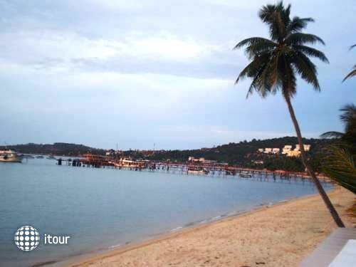 Bangrak Samui Beach Resort 9