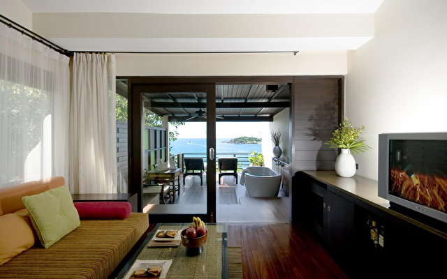 Tongsai Bay Cottages And Hotel 9