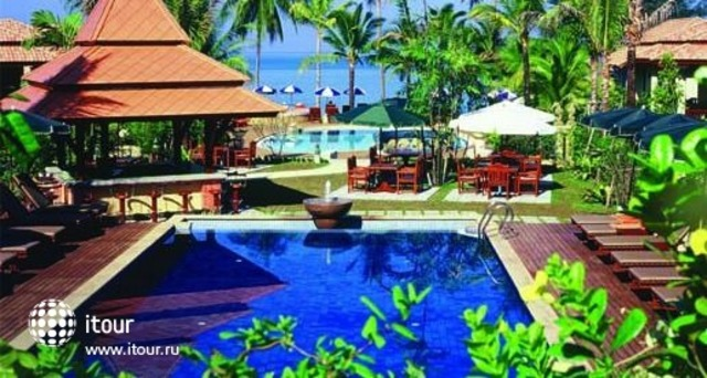Khao Lak Bay Front Resort 10