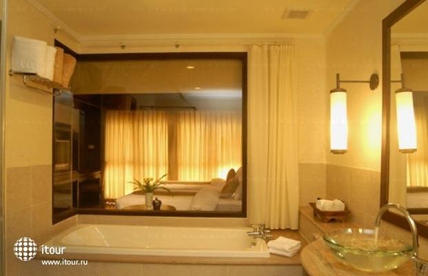 Mukdara Beach Villa & Spa 8
