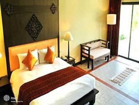 Royal Bangsak Beach Resort 5