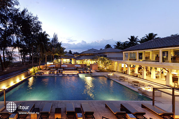 South Sea Grand Pakarang Resort & Spa 2