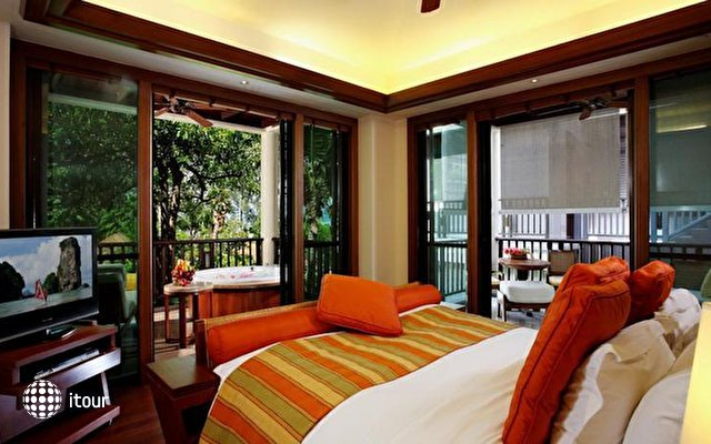 Centara Grand Beach Resort & Villas Krabi 10