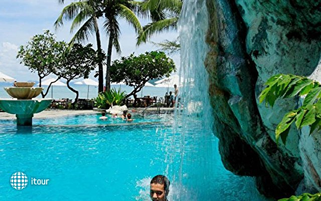 Centara Grand Beach Resort & Villas Krabi 7