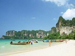 Sand Sea Resort 5