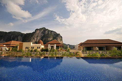 Ao Nang Cliff Beach Resort 6
