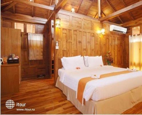 Phi Phi The Beach Resort 3