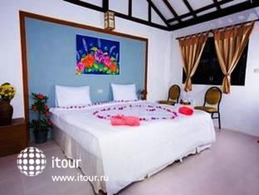 Lanta Palace Hill Resort 8