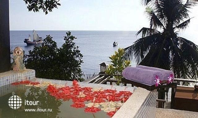 Moonlight Bay Resort 9
