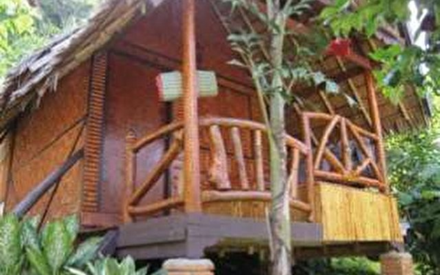 Phi Phi Relax Resort 8