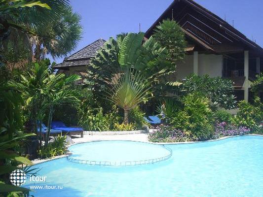 Phi Phi Banyan Villa 4