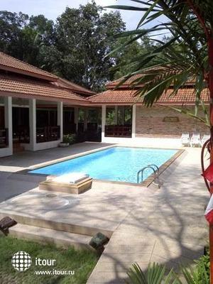 Chaya Resort 8