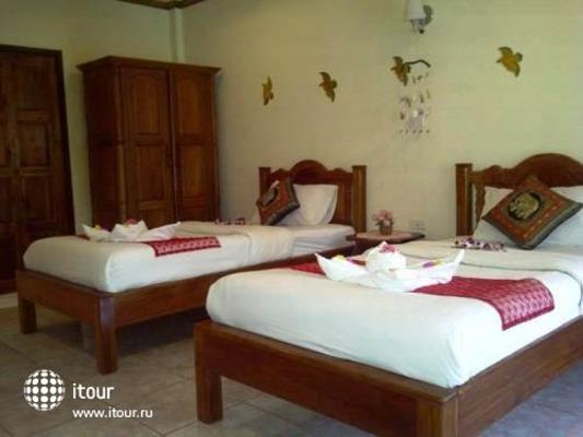 Chaya Resort 10