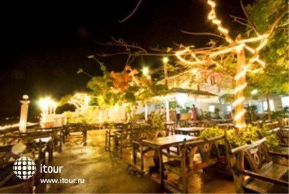 Phi Phi Don Chukit Resort 4