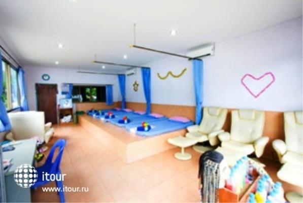 Phi Phi Don Chukit Resort 5